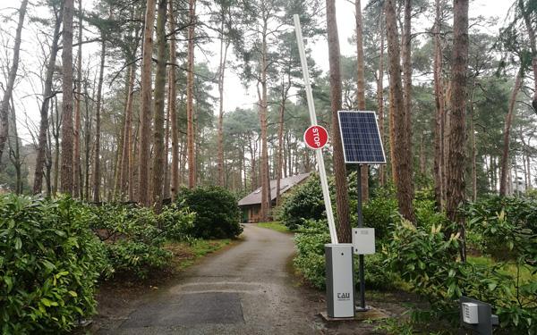 luxe barriera automatica con pannello solare